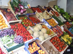 Fruit and vegetable stand